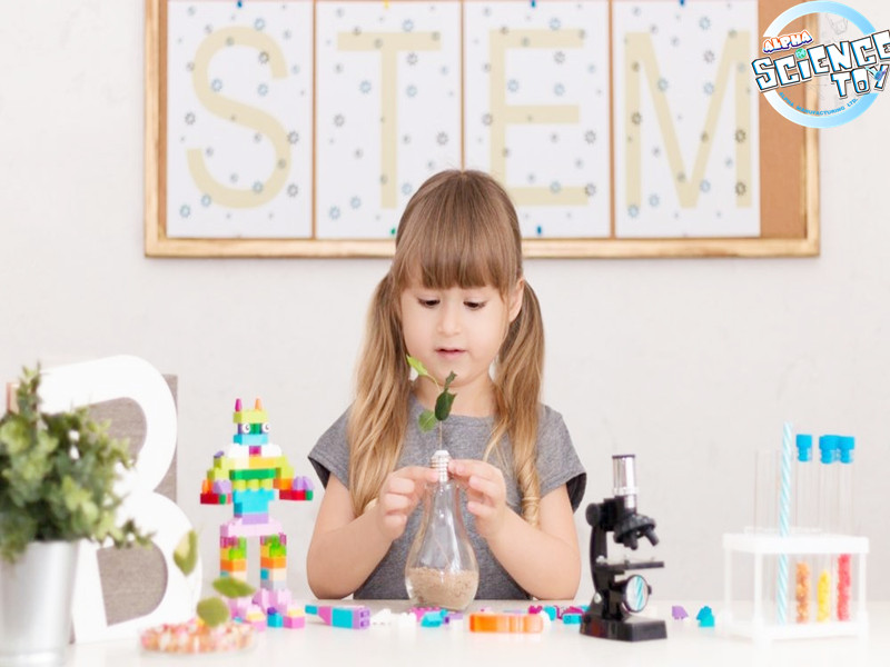 girls-and-stem-toys-800x600